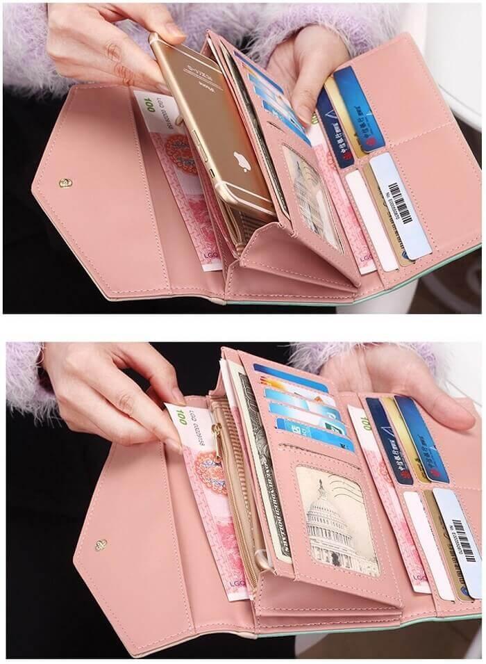 Wallet pink inside