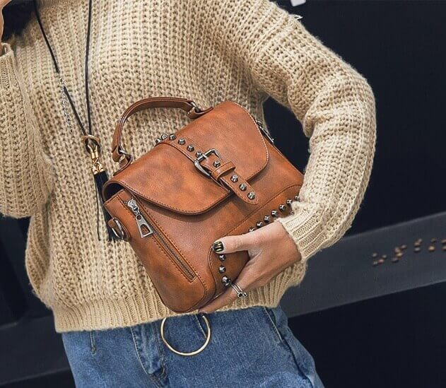 Handbag brown girl